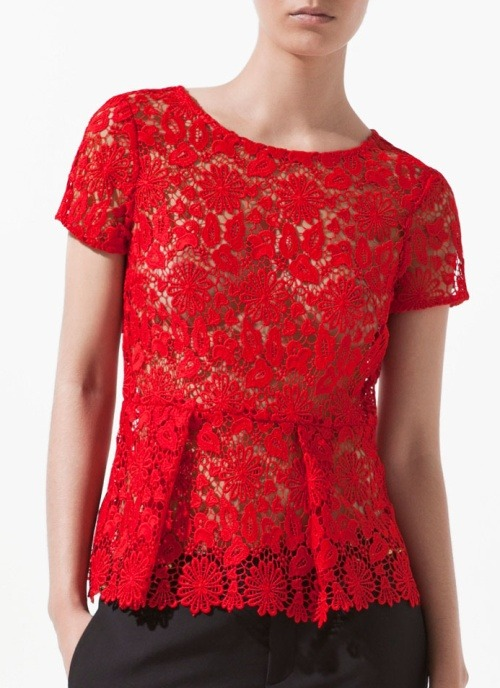 dresslikeemmapillsbury:  Dress like Emma Pillsbury: lace top with frill £39.99 from Zara