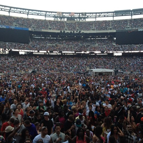 I'm going to tear this place down!!! Summer jam!!! Funk Flex!!! (Taken with instagram)