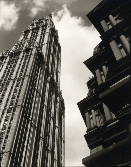 Ralph Steiner. Woolworth Building and Old Post Office, 1922