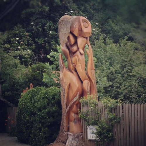 Tree turned sculpture. #roadtrip #atl #art (Taken with instagram)