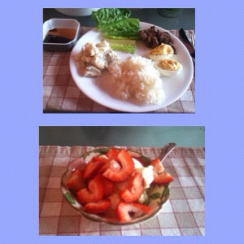 My #supper of the day.(#strawberry#vanilla#ice#cream and #korean#beef)#yummy   (Taken with instagram)