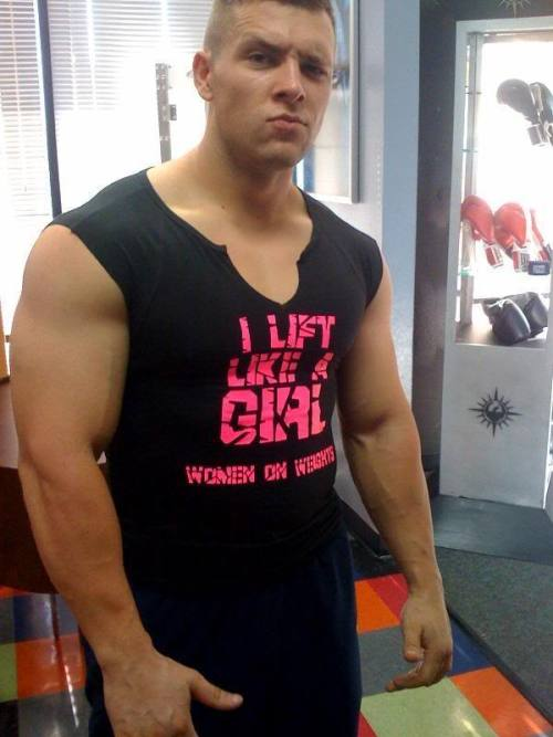 brohunter:  drwannabe:  Unknown Love the shirt, brah.  i dont like the shirt, but he makes up for it  The shirt makes him a feminist-badass