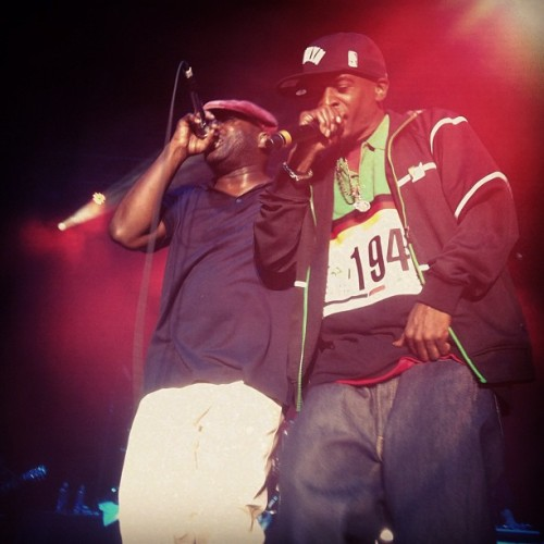 meldcole:  2 of the greatest to ever bless the mic? Fuck yes dumb dumb! #blackthought #rakim #rootspicnic  (Taken with instagram)