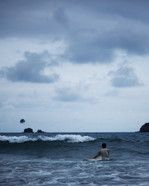 antarctics:  Parachute and Surfer (by Wylie Maercklein)   awesome :D