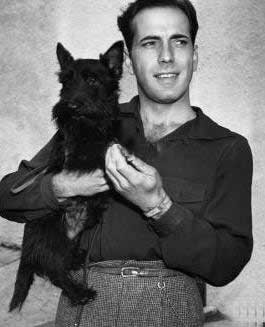 scottishterrierlove:  (via Scottie / Humphrey Bogart and his scottie)  Sexy beasts!