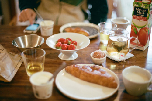 Breakfast by miwaramone on Flickr.