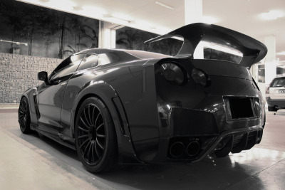 proceedwithspeed:  Murdered WALD R35 with wide front carbon fenders.  Nicholas TJ.R photo.