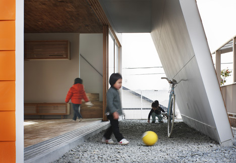和歌山の家が House of Yakayama Yoshio by Oono Architect & Associates Hashimoto, Japan