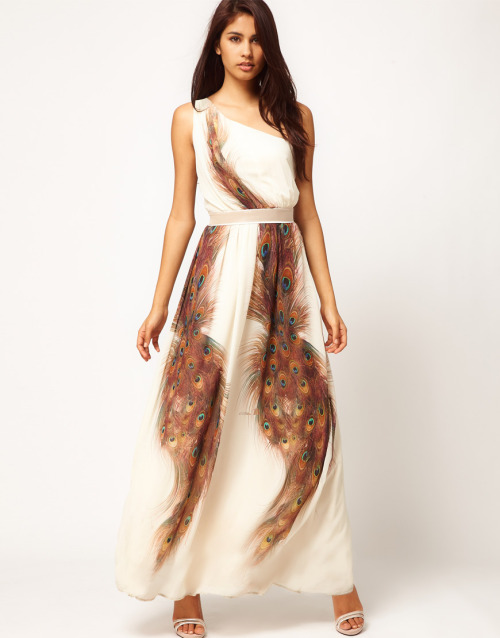 Little Mistress Peacock Print Maxi DressMore photos & another fashion brands: bit.ly/JgQDqw