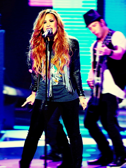 Demi Lovato in Concert #17. (Edited by me) please REBLOG instead of reposting. Or credit me at least.