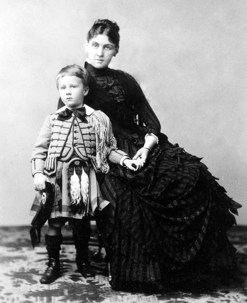 Franklin Delano Roosevelt with his mother Sara, 1887. Source: Franklin D. Roosevelt Library