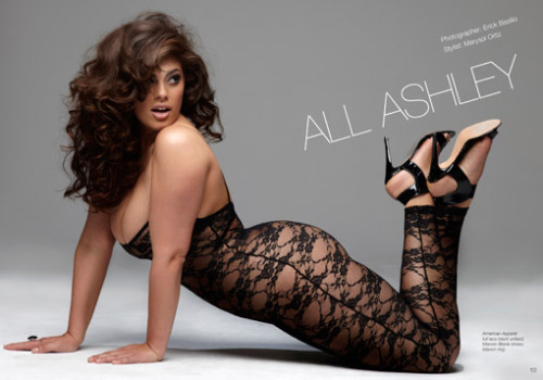 MODEL WE LOVE: ASHLEY GRAHAM (Ford Model) - Size 16 Don't be afraid to show your curves, because curves are sexy. Always have, always will. Visit us and join the CURVY REVOLUTION - CLICK HERE.