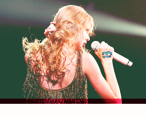 infinitelogan:  people who inspire me - Taylor Swift