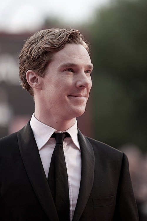 Benedict Cumberbatch on the red carpet at the Venice Film Festival - 5 September 2011  No witty comment, because just damn, boy.