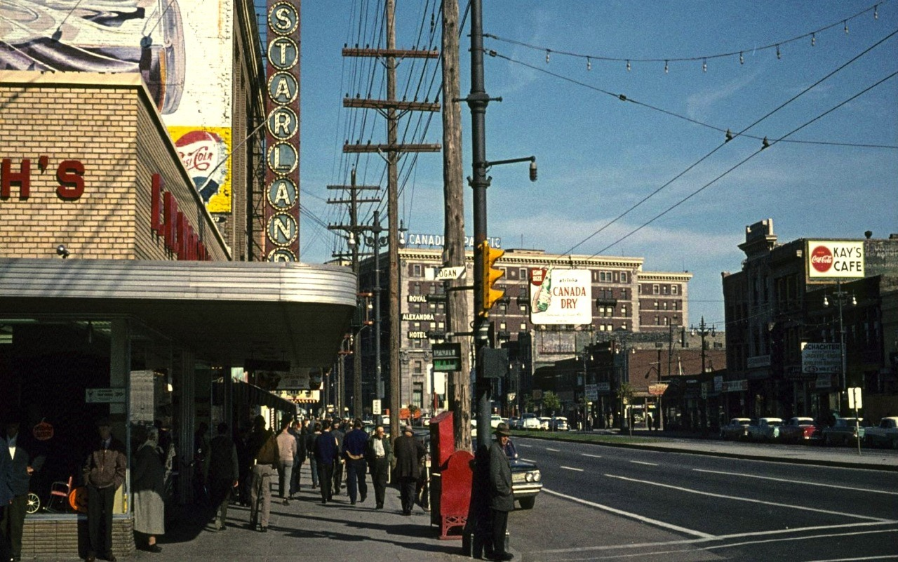 riseandsprawl:  Main and Logan, 1962. Source  See you on Monday, PegCity!