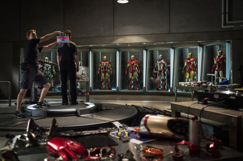 prettymuchit:  Iron Man 3 Official Set Photo