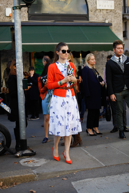 calivintage:  street style by all the pretty birds.