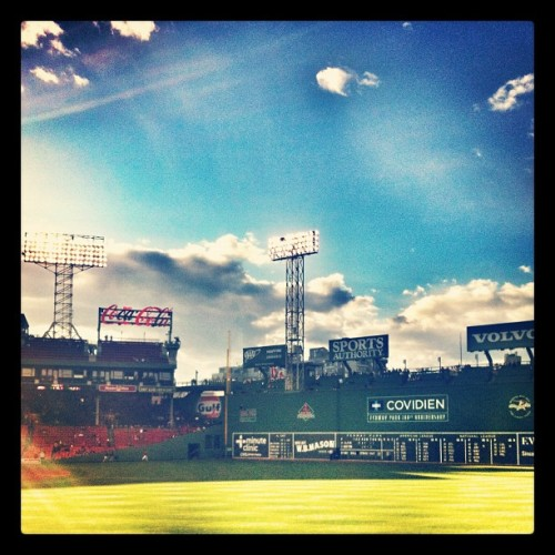 Same old same old … ⚾☁☀ #fenway100 #baseball #boston #redsox #sox #bostonredsox #fenwaypark #fenway #instagood #love #iphonesia #photooftheday #igers #iphoneonly #instagramhub #picoftheday #jj #instadaily #bestoftheday #sky #igdaily #webstagram #instagramers #ink361 #igersboston #all_shots #ignation #tweegram #iphoneography #iphone4 (Taken with Instagram at Fenway Park)