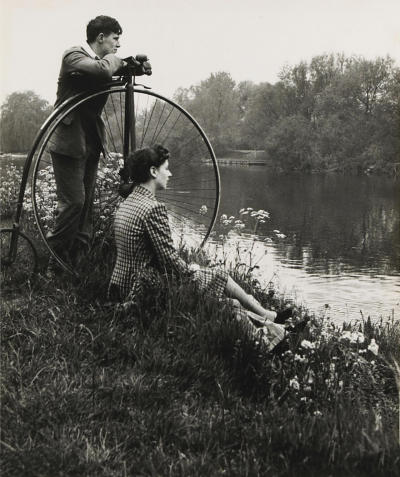 Bill Brandt, Penny-farthing for their thoughts, from A Day on the River, 1941