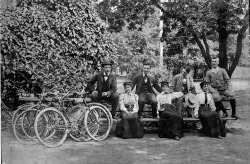 Bicyclists in Lincoln Park, c. 1895. Photographer unknown.  Want a copy of this photo?  > Visit our Rights and Reproductions Department and give them this number: ICHi-13917. Connect with the Museum