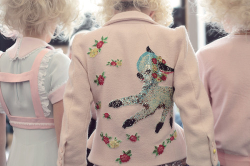 eleonorebridge:  (via Eleanor Hardwick - Meadham Kirchhoff SS12)