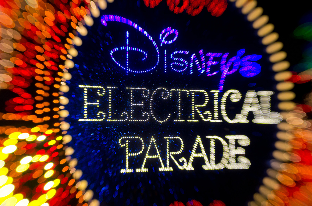 zbinks89:  Happy 40th Anniversary to the original Main Street Electrical Parade which premiered in Disneyland on June 17, 1972.
