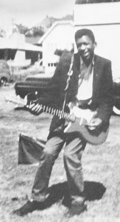 updownsmilefrown:  Jimi Hendrix with his first electric guitar , Seattle, 1957