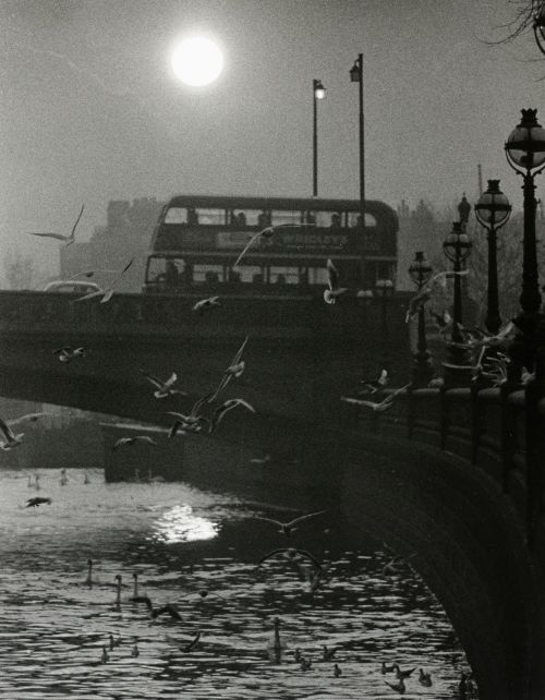 annasintervals:  Hans Hammarskiöld  born 1925  Battersea Bridge, London 1955/1980