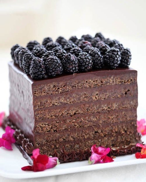 Blackberry and chocolate cake.