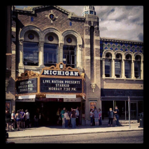 shadow-of-a-boy:  #Starkid at the #MichiganTheater (Taken with instagram)