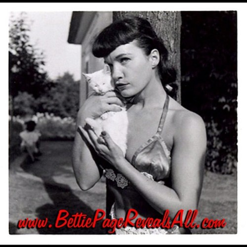 Question of the Day: How has Bettie Page inspired you? We would love to hear from you dolls xoxo BettiePageReveals.com #BettiePage #betty #BettiePageRevealsAll #vintage #fetish #bondage #pinup #Rockabilly  (Taken with instagram)