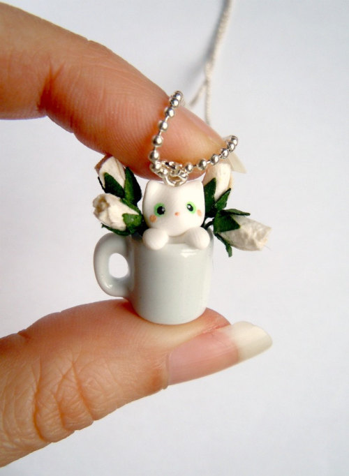 littletinythings:  White Kitten in a Mug Pendant