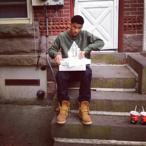 wolfgangthrone:  hodgybeats:  Stoop (Taken with instagram)  my FAVE pic of hodgy