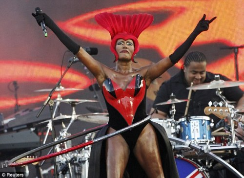 aloysiuswishes:  The inimitable Grace Jones performing at Queen Elizabeth II's Diamond Jubilee Concert. (Courtesy the Daily Mail)  BOWDOWN