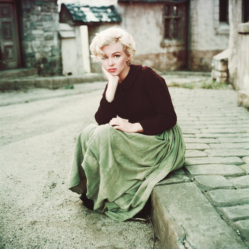 thebeautyofmarilyn:  Marilyn photographed by Milton Greene, 1954