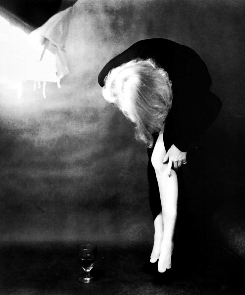 fuckindiva:  Marlene Dietrich by Milton Greene, 1952