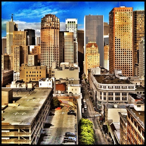 Same view; different angle, different treatment #sanfrancisco #sf #igerssf #building #bw  (Taken with Instagram at Robert S. Quinn, DMD, MSD, Inc.)