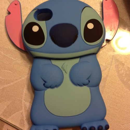 New iPhone case…finally ^.^ #ilovestitch  (Taken with instagram)