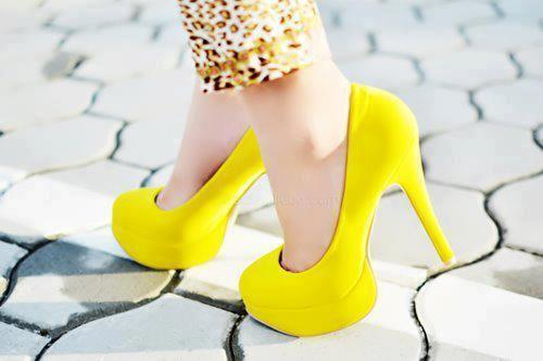 We love yellow!