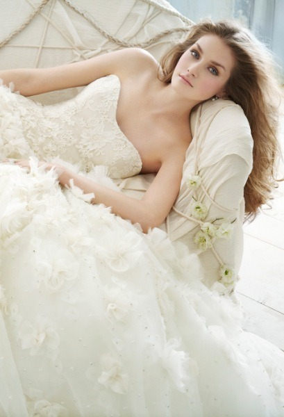 WEDDING DRESSES - Wedding Dresses on We Heart It. http://weheartit.com/entry/29928973