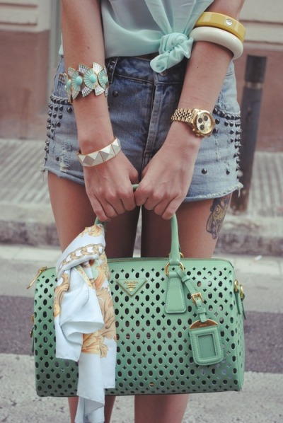tashawashaaa:  THIS is the only prada bag i've EVER liked..