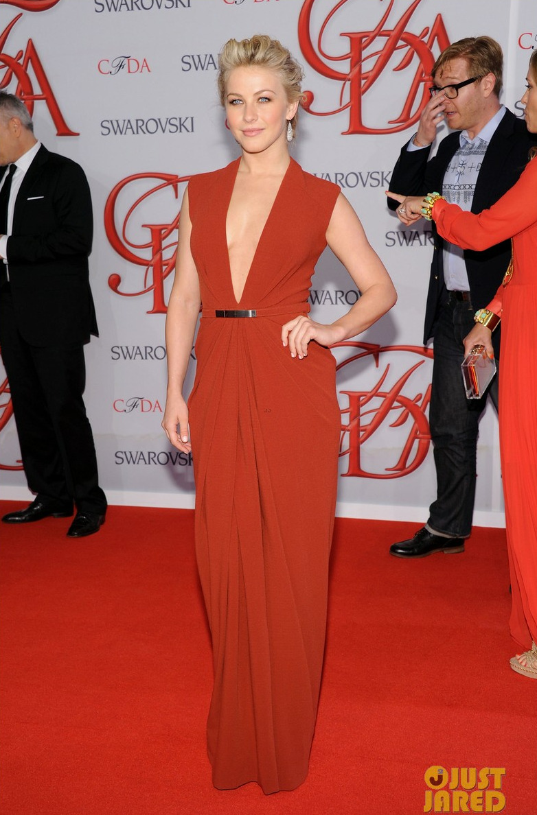 Julianne Hough wore a Kaufman Franco Chinese red stretch crepe gown at the CFDA Fashion Awards 2012.