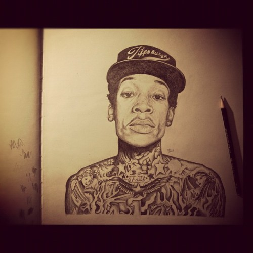 fuckthevain:  Just finished my drawing of Wiz Khalifa, my elbow is aching!! (Taken with instagram)  awesome pencil drawing of WK