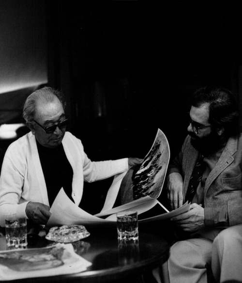 oldhollywood:  Akira Kurosawa conferring with Francis Ford Coppola for a commercial they filmed for Suntory Whiskey during the shoot of Kagemusha. The commercial can be seen here.  (via)