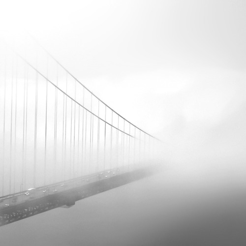 archenland:  Golden Gate Bridge (by Hengki Koentjoro)