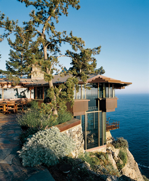 Cliff-Top Ocean Home, Big Sur, Califorina photo via monsta