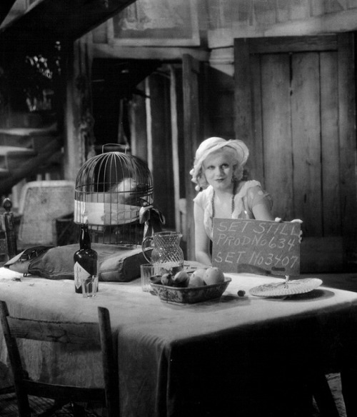 Jean Harlow on the set of Red Dust (1932, dir. Victor Fleming) (via)
