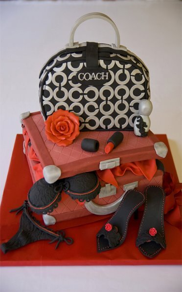 Romantic Getaway Cake Serves~ 60 guests Shown in fondant finish & color can be customized :)