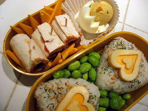 yumblrbentos:  Dinner - September 28, 2006 by kellybelly on Flickr.