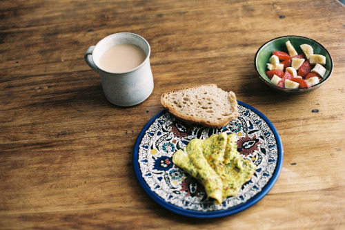 morningbouillon:  breakfast (by isabelle bertolini)